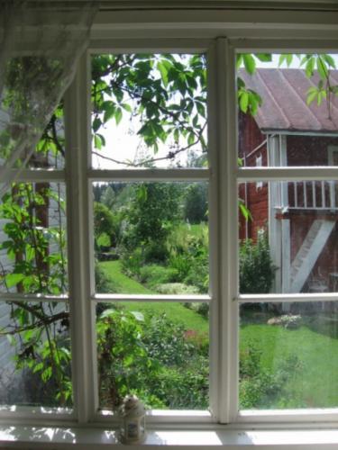 1-kuistin-ikkuna-Kopio-600x800-